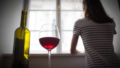 Alcool : comment prévenir l'addiction et en sortir
