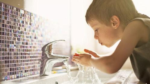 Eau du robinet : est-elle vraiment bonne à boire ?
