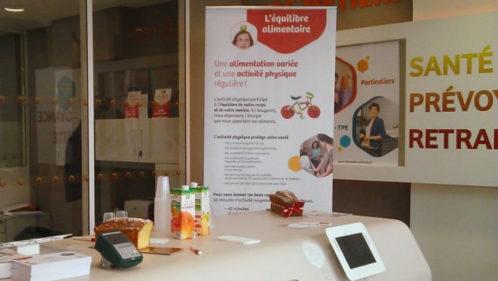 Un diététicien dans l'agence harmonie Mutuelle de Strasbourg le 21 avril 2016