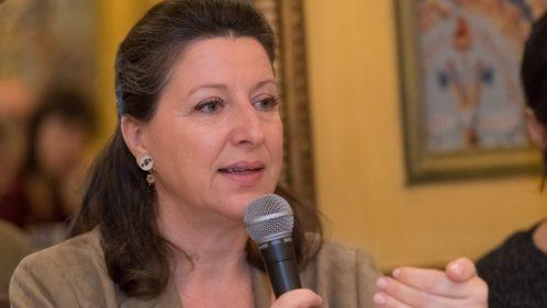 Agnès Buzyn confirme la prise en charge d'un « panier soins de base »