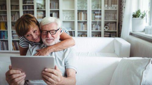 Surexposition aux écrans : les seniors aussi !