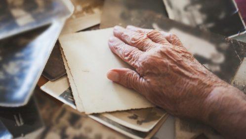 Alzheimer : « Quand vos parents perdent la mémoire, vous perdez votre identité »