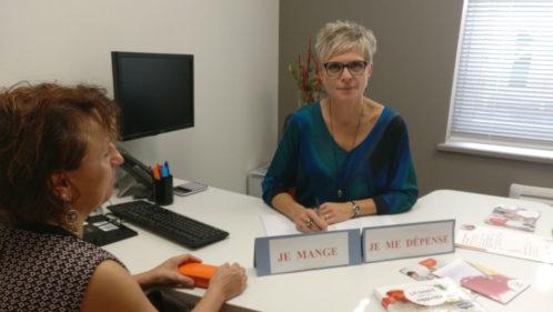 Catherine Guitton en entretien diététique, agence Harmonie Mutuelle de Remiremont le 21 09 17