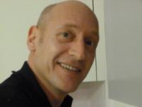 Dr Bruno Dubos
