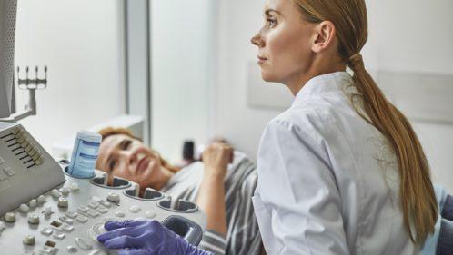 Comment pallier le manque de gynécologues en France?