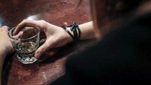 Alcoolisme féminin : des dangers méconnus