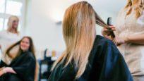 « Coiffeurs Justes » : quand vos cheveux contribuent à nettoyer les océans