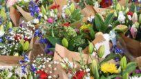 Offrir des fleurs coupées : oui, mais de saison !
