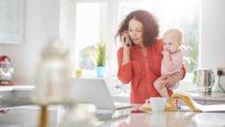 femme avec enfant en téléconsultation